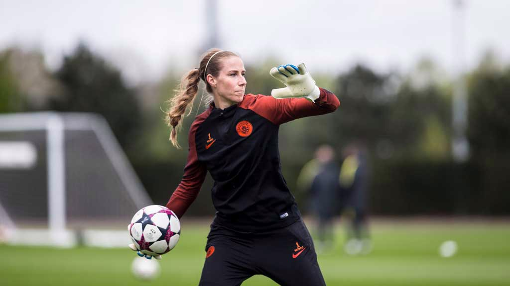 'KEEPING FOCUSED: Karen Bardsley launches the ball forward