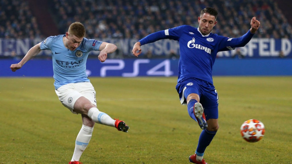 KDB fires a shot away