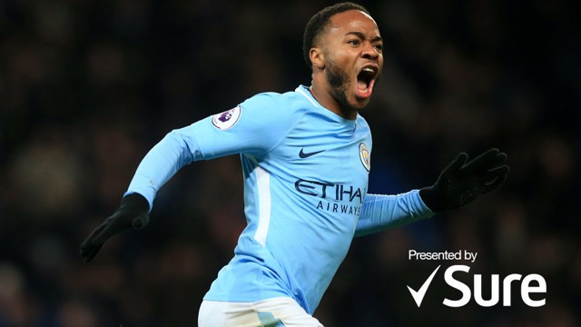 Raheem Sterling célèbre un but.